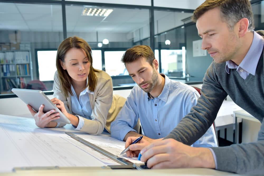 Por que contratar uma empresa para ajudar na administração de pessoal?